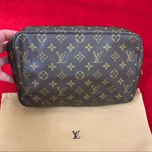 Authentic Louis Vuitton make up bag clutch travel